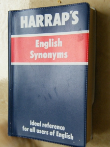 English Synonyms Harrap's